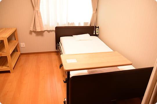 入院・出産部屋(ベッド)
